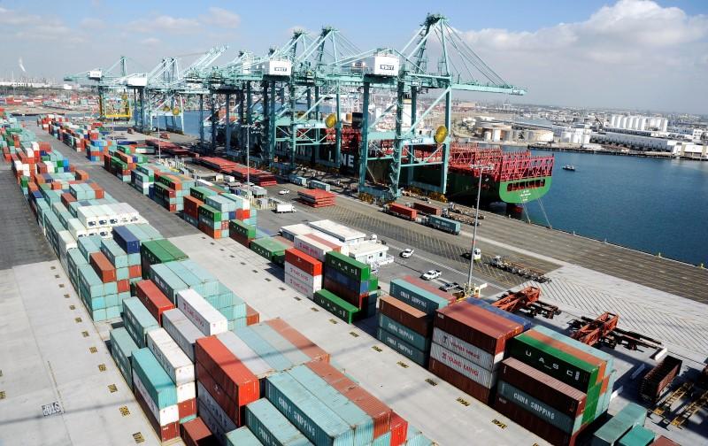 وزير: صادرات تركيا ستتجاوز 155 مليار دولار في 2017