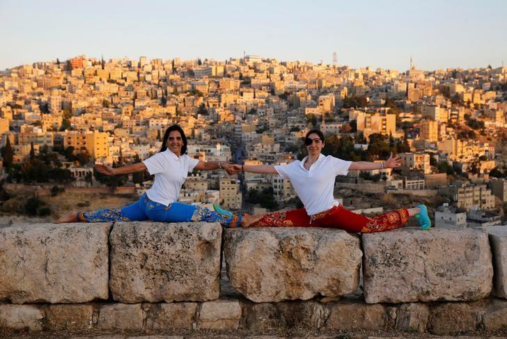 ارتفاع الدخل السياحي للأردن 14.5% في النصف/1