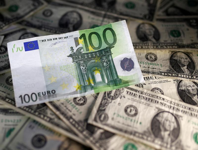 اليورو يقفز إلى أعلى مستوى في عامين أمام الدولار