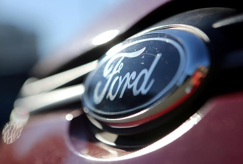 فورد تنوي تقديم التماس لتجنب استدعاء 2.2 مليون سيارة