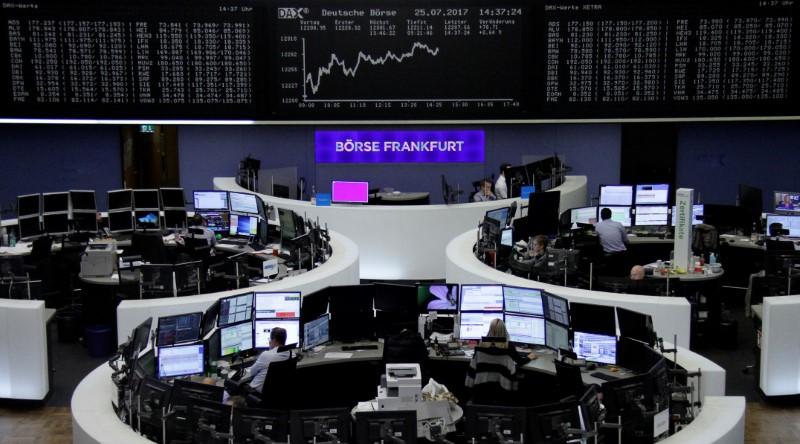 الأسهم الأوروبية تصعد بدعم قطاع الطاقة لكن البنوك تتراجع