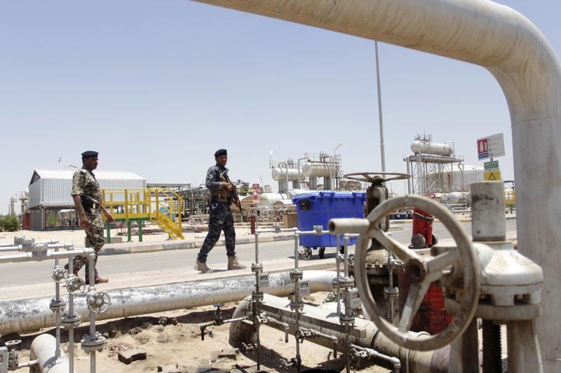 العراق ينوي تغيير سعر القياس لخام البصرة إلى بورصة دبي للطاقة من بلاتس