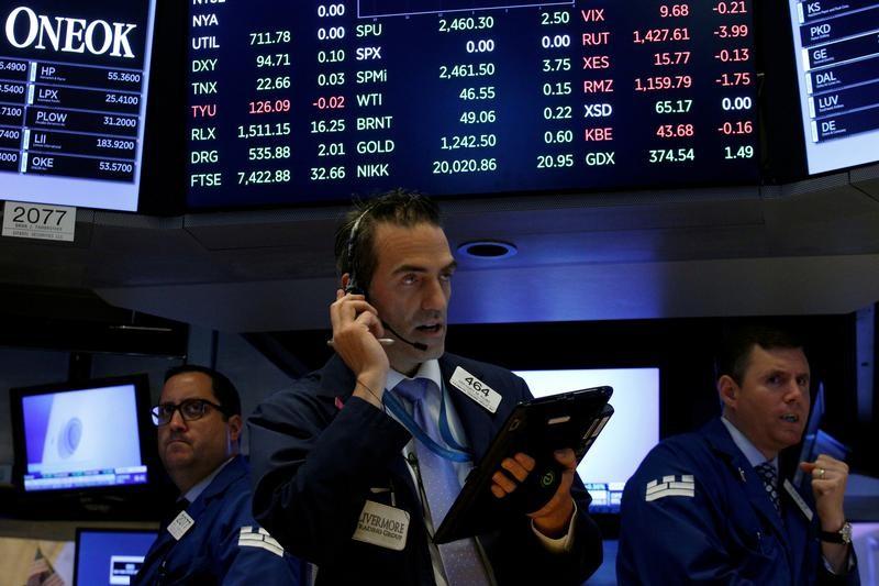 المؤشر داو جونز الأمريكي يسجل مستوى قياسيا في موسم أرباح قوي