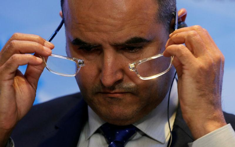 وزير النفط الكويتي :أوبك تناقش إنهاء أو تمديد تخفيض الإنتاج في نوفمبر
