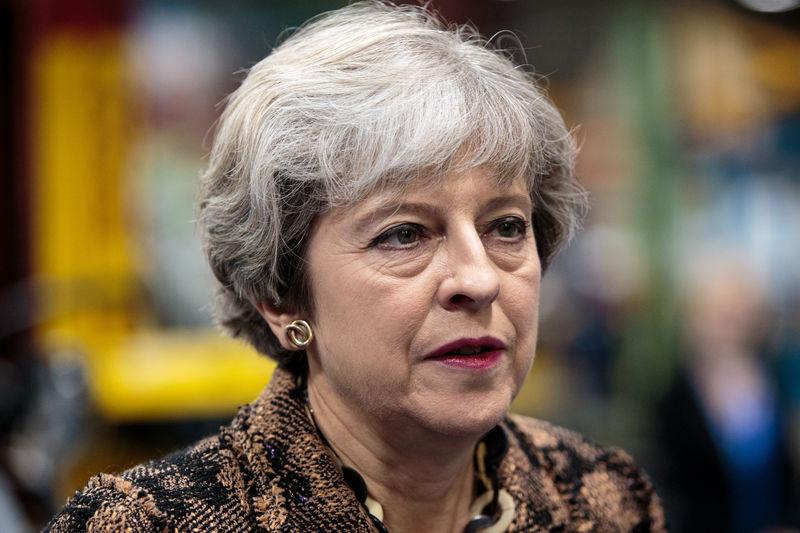 بريطانيا تدرس الأثر الاقتصادي للطلاب الأجانب