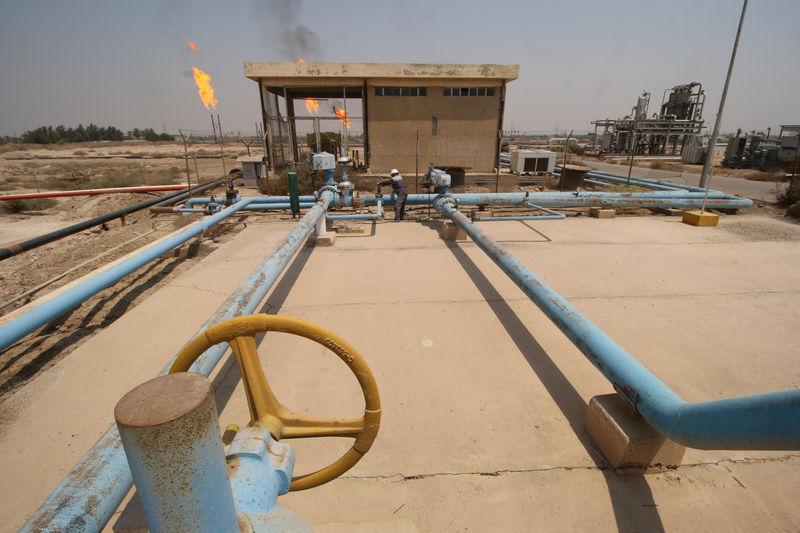 مصادر: العراق يبيع خام البصرة الخفيف تحميل أكتوبر بعلاوة 17 سنتا للبرميل