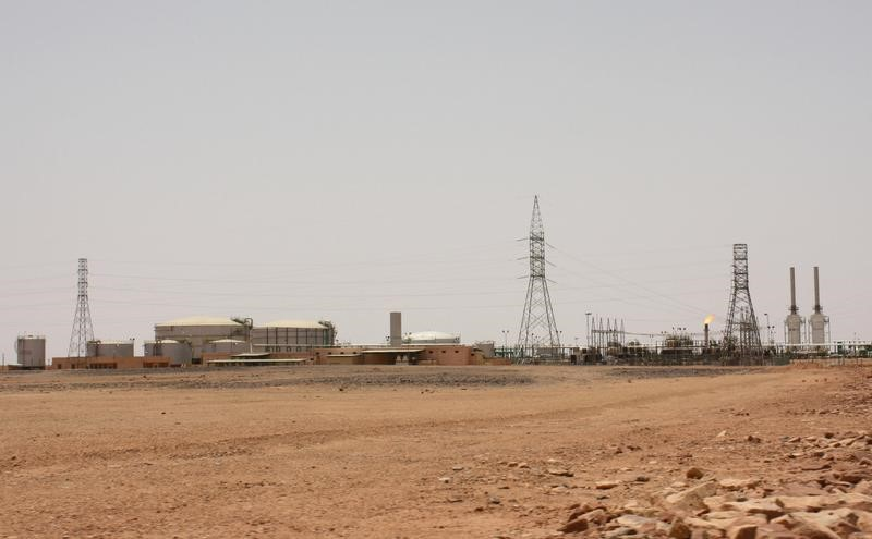 مهندس وعمال :حقل الفيل النفطي في ليبيا يستأنف العمل بعد احتجاجات