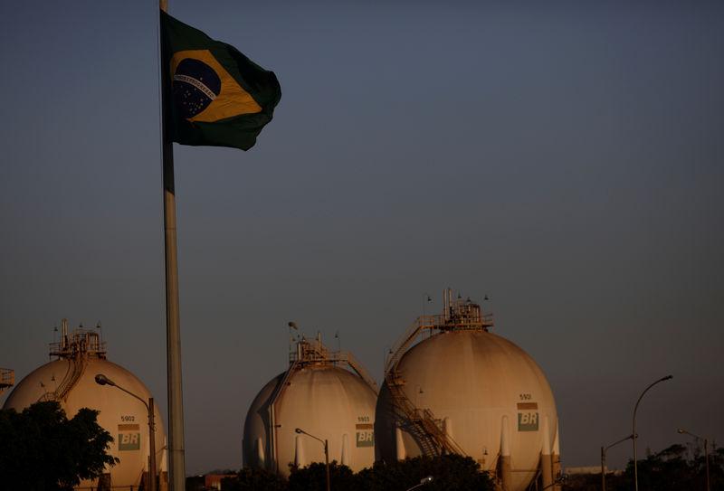 انتاج البرازيل من النفط في يوليو يرتفع إلى 2.623 مليون ب/ي