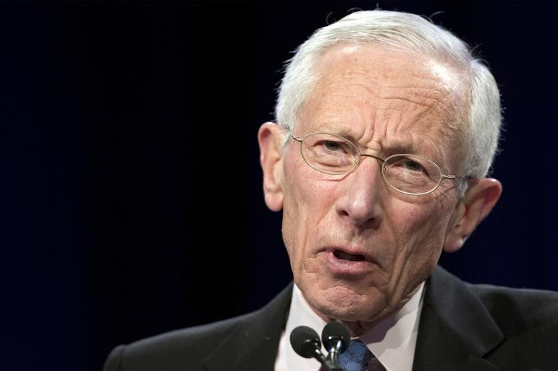نائب رئيس المركزي الأمريكي يعلن الاستقالة ويغادر المنصب منتصف أكتوبر