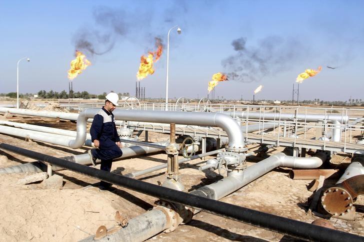 النفط يقفز بسبب مخاوف من عقوبات جديدة على إيران وصراع في العراق