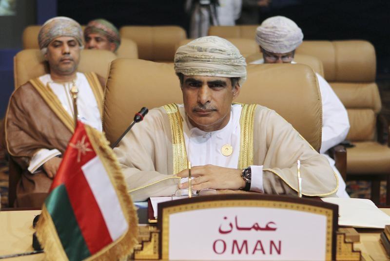 عمان: نيجيريا مستعدة لخفض إنتاج النفط من 1.8 مليون ب/ي