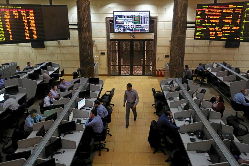 البورصة تخترق مستويات جديدة بدعم مشتريات الأجانب رغم ضعف التداولات