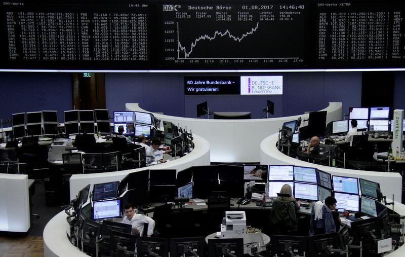 أسهم أوروبا تنخفض صباحا بسبب خسائر شركات التعدين والقطاع المالي