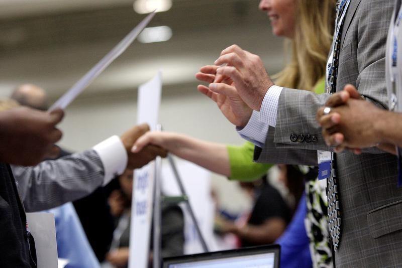 زيادة طفيفة في طلبات إعانة البطالة الأمريكية