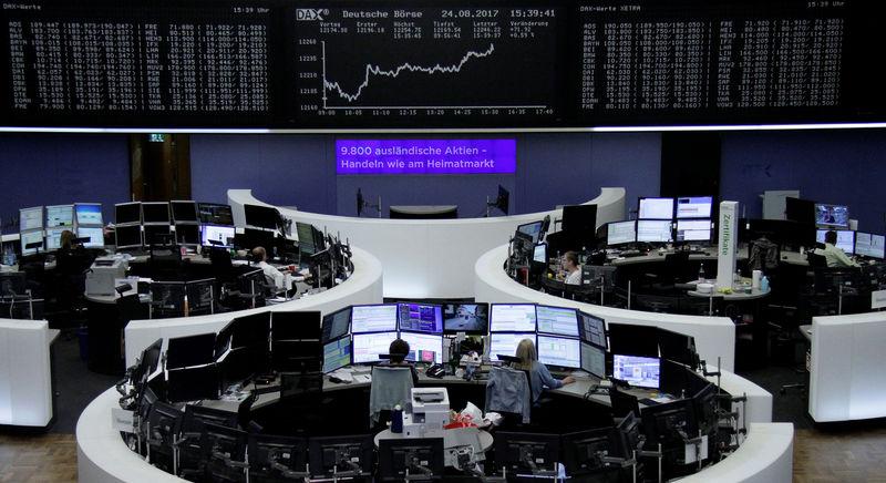 أسهم أوروبا تغلق مرتفعة بدعم القطاعات المرتبطة بالدورة الاقتصادية