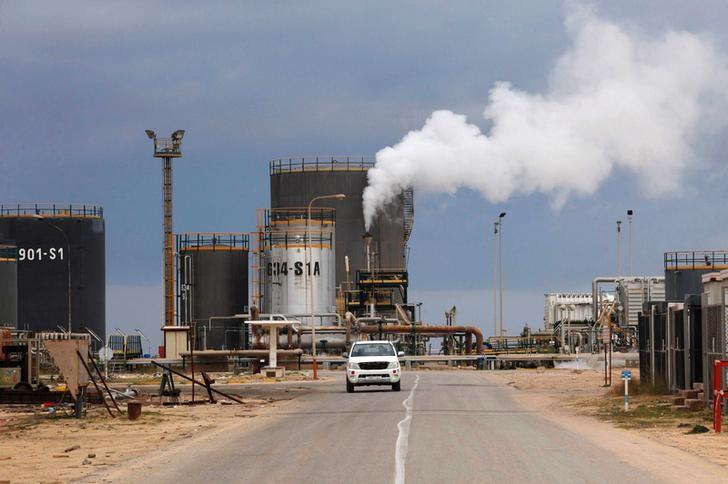 مصدر: مصفاة الزاوية الليبية تعمل بنصف طاقتها بسبب إغلاق حقل الشرارة