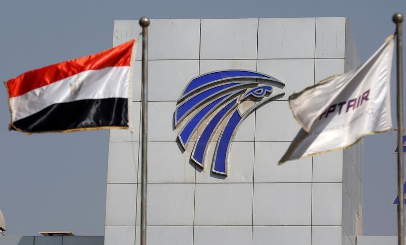 وزارة: بريطانيا رفعت الحظر على الأجهزة الإلكترونية في الرحلات من القاهرة