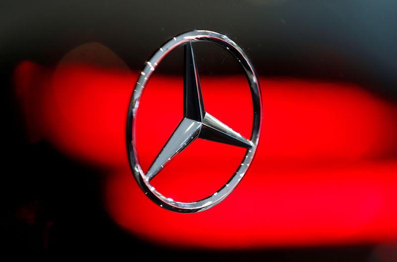 هيئة: مرسيدس-بنز تستدعي أكثر من 350 ألف سيارة في الصين