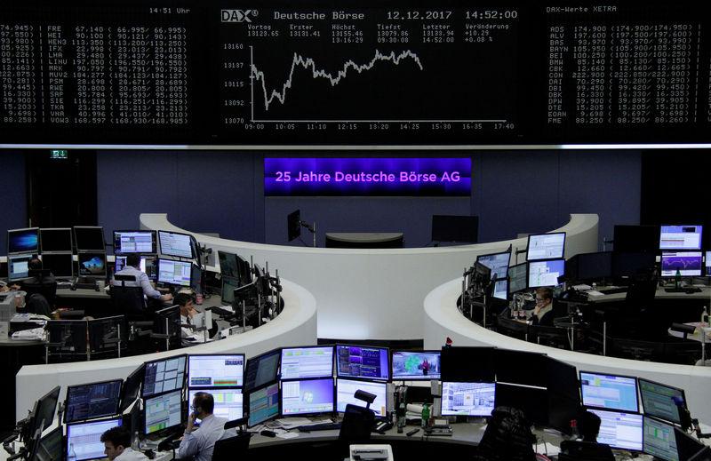 صفقات اندماج واستحواذ تهيمن على تداول الأسهم الأوروبية وقطاع النفط يتصدر المكاسب