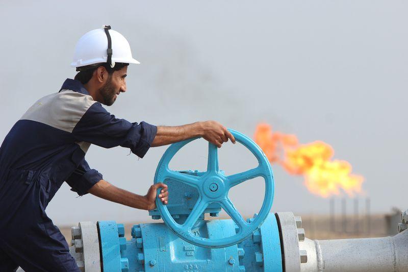 وثيقة: قطر ترفع سعر الخام البحري في شحنات ديسمبر إلى 62.65 دولار للبرميل